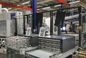 Rostfria tvättkorgar i alla storlekar från Metallform i Tyskland. Kunden kan få anpassade korgar med olika maskstorlek.