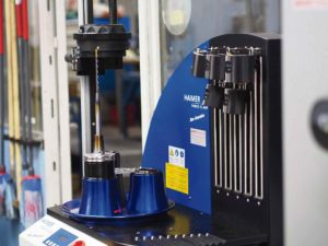 Atlas Copco har ofta behov av långa slimmade verktyg och då är krymp ett oslagbart system.