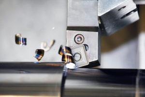 Pramets nya spåndelare HR2 för tunga grovsvarvningsoperationer.