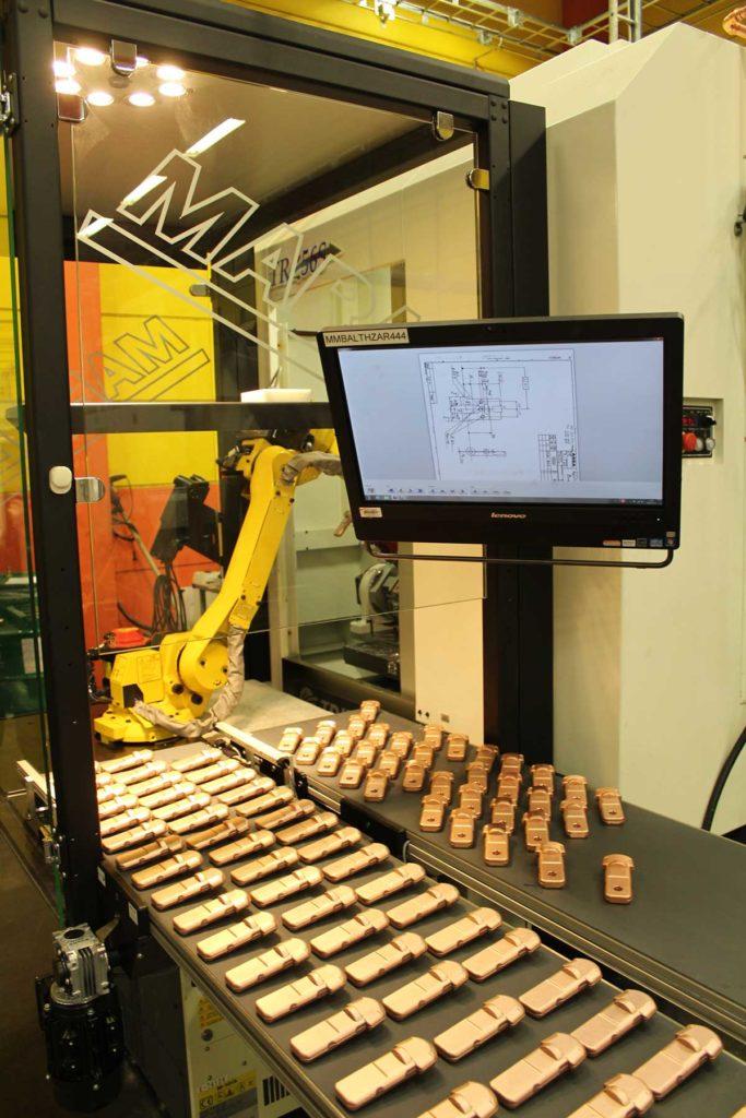 Detaljer på väg in och ut från robocellen.