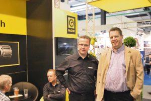 Magnus Wahlquist verktygsexpert på Ehn & land tillsammans med Daniel Flury vd hos verktygstillverkaren GLOOR.