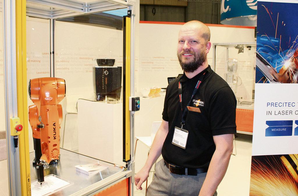 Stjernberg Automation, som ägs av Magnus Stjernberg, visade upp vad en kund kan göra i en laserprocess i kombination med automation.