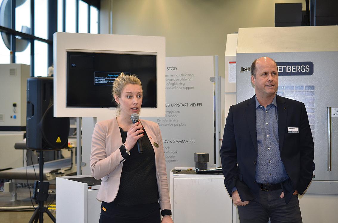 Försäljningscheferna Annika Langéen Sandvik Coromant och Pierre Huss från Stenbergs hälsade alla välkomna till Jönköping och ett spännande möte med teknik, experter och framförallt maskiner och verktyg inom skärande bearbetningen.