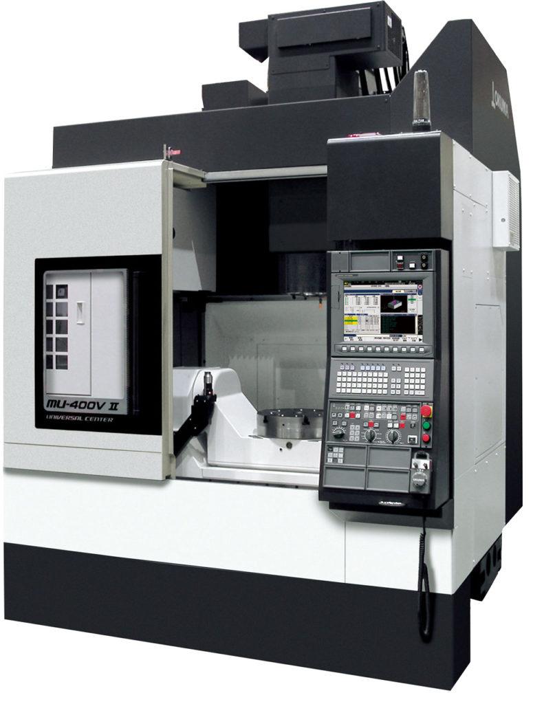Okuma MU-400V II Okuma är en av världens ledande maskintillverkare, beläget i Nagoya, Japan. Okumas produkter kännetecknas av hög noggrannhet och stabilitet. Maskinernas styrka och snabbhet i kombination med den mekaniska och elektriska utvecklingen ger hög tillgänglighet. Okuma är det enda företaget idag som tillverkar både styrsystem och maskin anpassat för varandra.