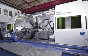 Laseroptionen kan integreras i alla Millturn-maskiner. Den nya tekniken visades första gången på EMO 2015, då i en M80 Millturn.