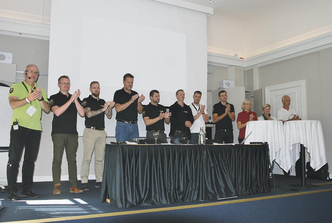 Teamet från Edge Technology tackade för medverkan på användarträffen i Västerås och önskade på återseende till nästa års användarträff 2017.