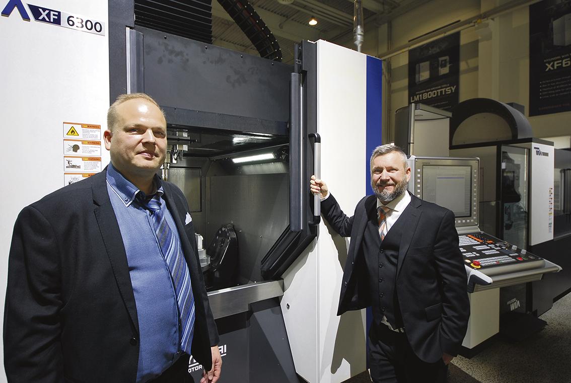 Magnus Andersson ägare till TOTAL Innovation tillsammans med Ola Sundell applikationstekniker på Lichron.