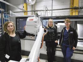 Natalia Proszowski, Emma johannesen och Eleonor Magnusson