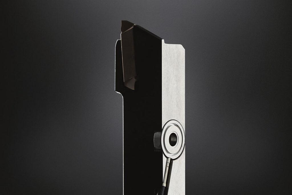 Sensorn ger information om verktygets tillstånd under bearbetningen