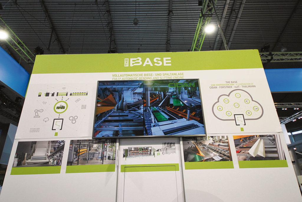 """The BASE: """"The basen"""" är en högeffektiv och helautomatisk produktionsanläggning förtillverkning av plåtprofiler. CIDAN, nuIT, Forstner och Thalmann, är fyra välkända och innovativa företag bakom The BASE. The BASE är en mycket effektiv och intelligent produktionsanläggning, det är världens första och enda helautomatiska flexibla produktionslinje för plåtprofiler. I kombination med nuIT programvara, som säkerställer processoptimerad beställning, planering och produktion. The BASE ökar produktionseffektiviteten på ett aldrig tidigare skådat sätt, säger Lars Olander."""