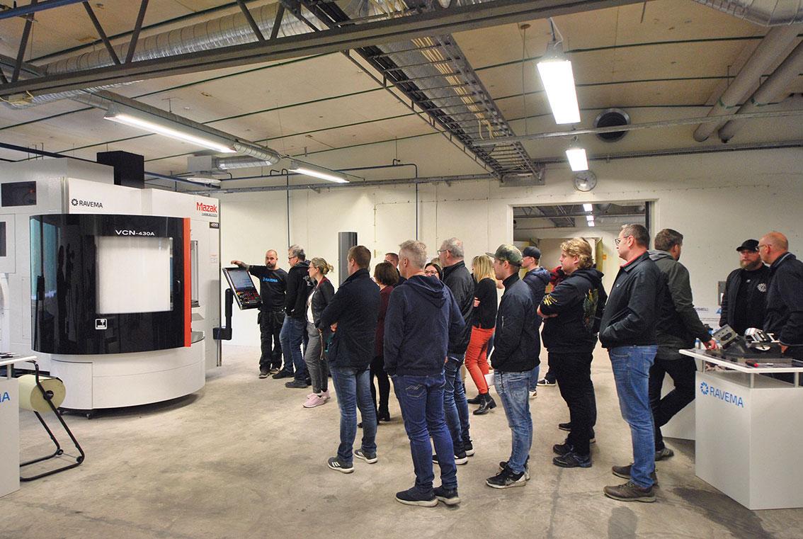 Stort intresse när man visade upp starten och grunden till satsningen på den smarta fabriken på Weland.