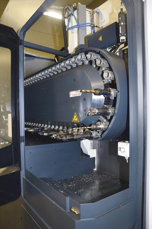 DMU75 Monoblock var den första 5-axliga fräsen som företaget köpte 2017. Maskinen är bland annat utrustad med skärvätskeanläggning 600L 40bar genom spindel, coolant ring jet, och Blum laserinmätning av verktyg.