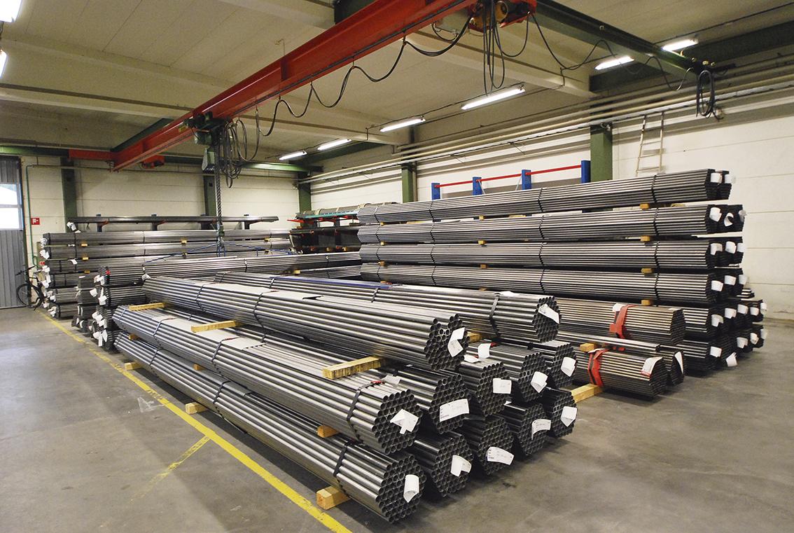 Rören som formas och bearbetas är i dimensioner 15 – 34 mm.