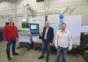 Kenneth Bengtsson, Per Dalin och David Koljo framför INDEX G200 med stångmagasin IRCO/BREUNING. En efterlängtad maskininvestering som ger företaget ett rejält teknikkliv i precision och automatisering – noll ställtid.