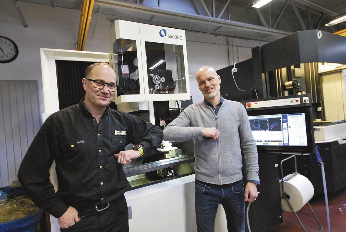 Sven Sköld och Mikael Persson tackar varandra för en mycket lyckad maskininvestering.    – Maskinerna har helt motsvarat våra förväntningar och gett oss stora fördelar i precision, kvalitet och vinster i produktionstider.