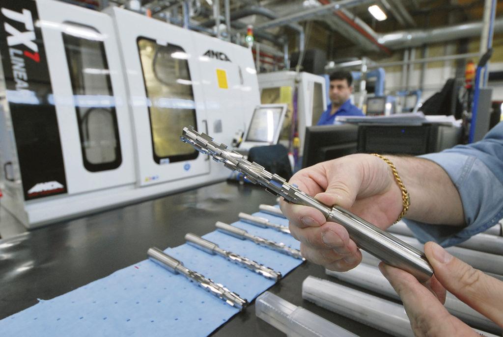 Specialverktyg där starten är en principskiss till en färdig produkt. Utifrån skissen tar konstruktören fram ett verktygskoncept som bildar underlag för en offert.