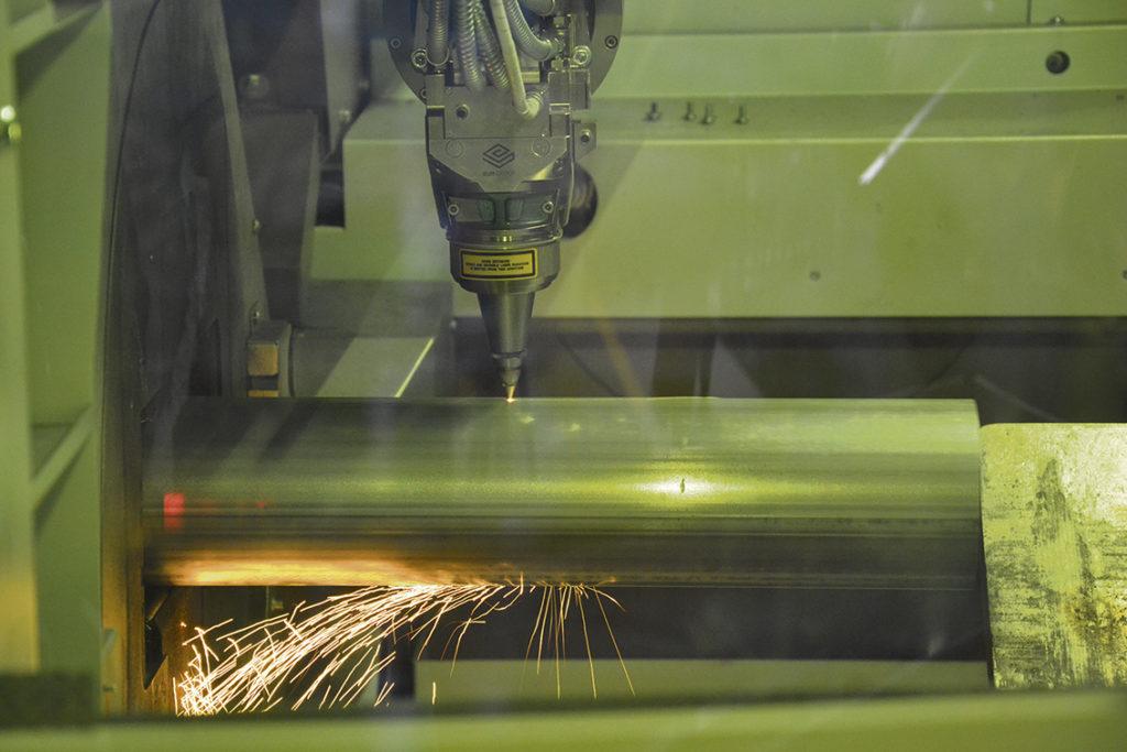 Conpipe upplever en stor skillnad mellan på fiberlaser och CO2-laser i effekt, förbrukning av el och verkningsgrad.